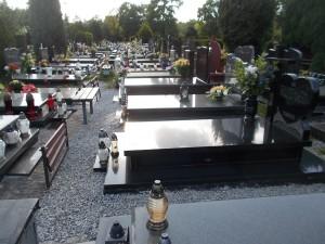 Groby - sprzątanie. tel 504-746-203.